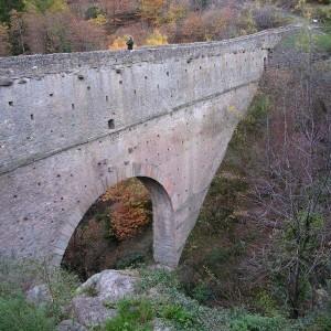 Acquedotto romano di Pondel – Foto di Gian Mario Navillod.