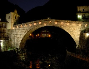 Ponte romano di Pont Saint Martin - Foto di Gian Mario Navillod.