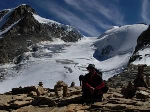 Ghiaccaio di Laveciau a monte del Rifugio Federico Chabod - Foto di Eric Navillod.