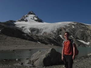 Il ghiacciaio ed il lago Goletta nel 2011 - Foto di Gian Mario Navillod.