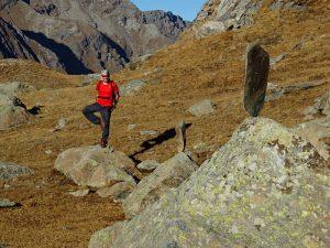 Ricerca dell'equilibrio al Lago Miserin - Foto di Gian Mario Navillod.