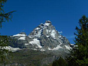 Monte Cervino dall'inizio del sentiero per il Bec Pio Merlo - Foto di Gian Mario Navillod.